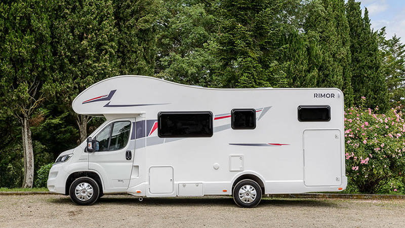 Euromotorhome® - Comprar una autocaravana - ¿Cómo elegir la más idónea?