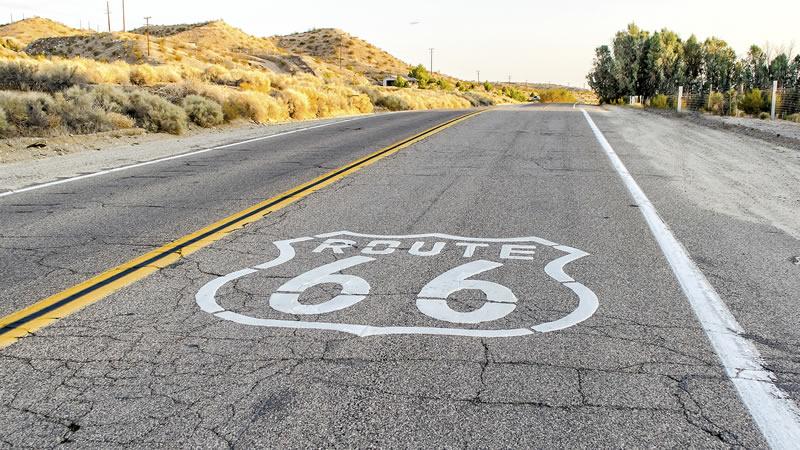 Euromotorhome® - Carretera nacional 340 en autocaravana: la ruta 66 a la española